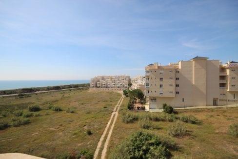 Playa Moncayo, Calle Italia11