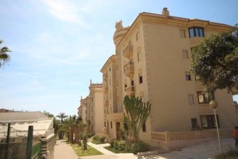 Playa Moncayo, Calle Italia40
